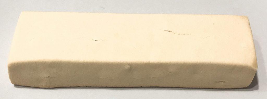一本満足プロテインバーベイクドチーズ味中身