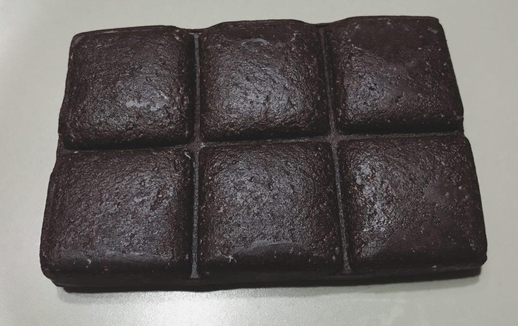 UHA味覚糖シックスパックプロテインバーチョコレート味の中身